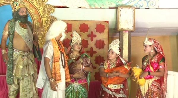 रामलीला का हुआ शुभांरभ दीपेंद्र हुड्डा ने की कार्यक्रम में शिरकत