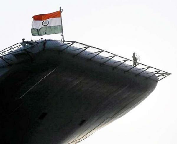 श्रीलंका में बारिश से भारी तबाही मदद को सामने आई भारतीय नौसेना
