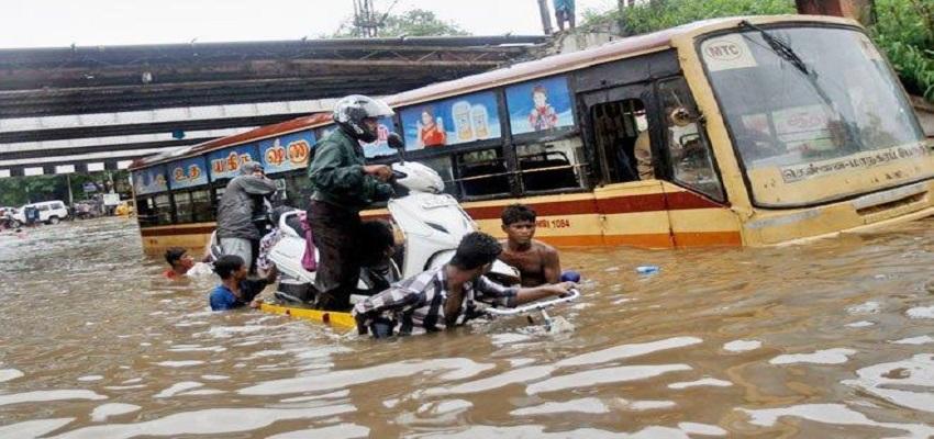 चेन्नई में बारिश का कहर, 8 लोगों की हुई मौत।