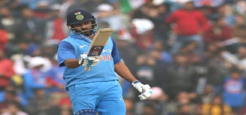 मोहाली वनडे में रोहित शर्मा का जलवा,तीसरी बार जड़ा दोहरा शतक।