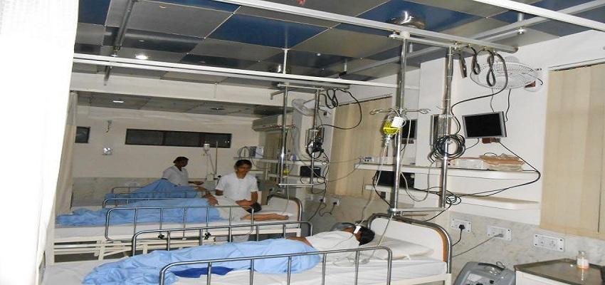 अस्पताल प्रशासन की बड़ी लापरवाही, प्रसूता की गए जान