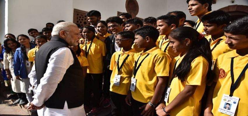 पी.एम मोदी ने दिए छात्रों को परीक्षा के टिप्स।
