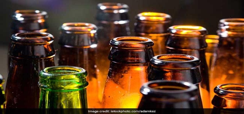 जहरीली शराब पीने से 10 लोगों की मौत।