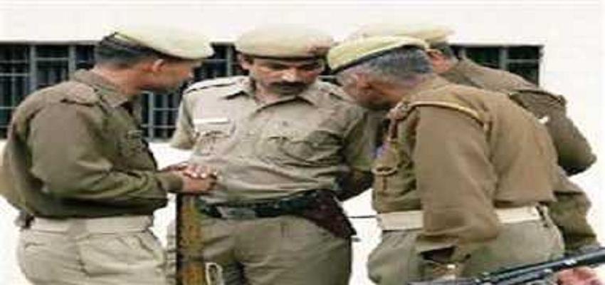 पुलिस ने 24 घंटे में सुलझाई लूट की वारदात।