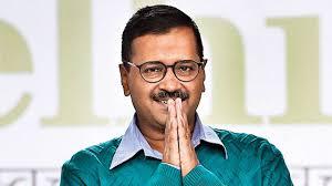 CCTV मुद्दे पर अरविंद केजरीवाल ने फाड़ी LG की रिपोर्ट।