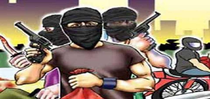 बिहार में अपराधियों के हौसले बुलंद।