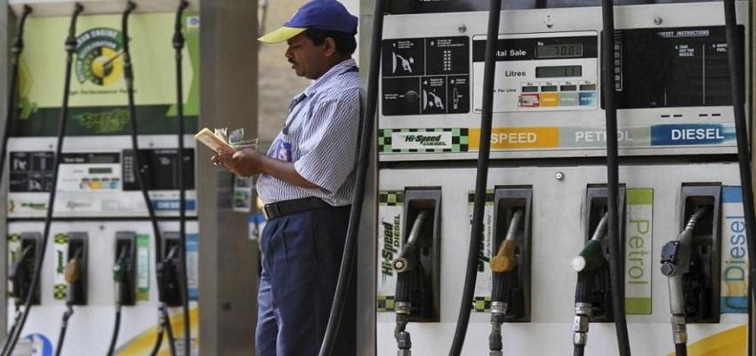 दिल्ली में आज बंद रहेंगे सभी पेट्रोल पंप।