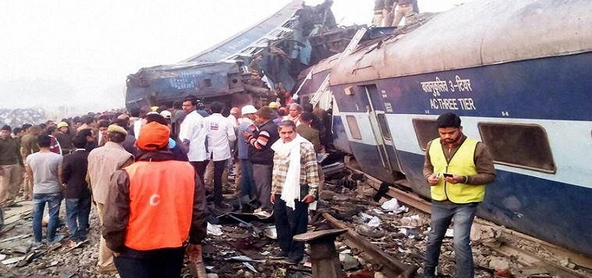 बहादुरगढ़ रेलवे स्टेशन पर दो लोगों ने गवाई जान।