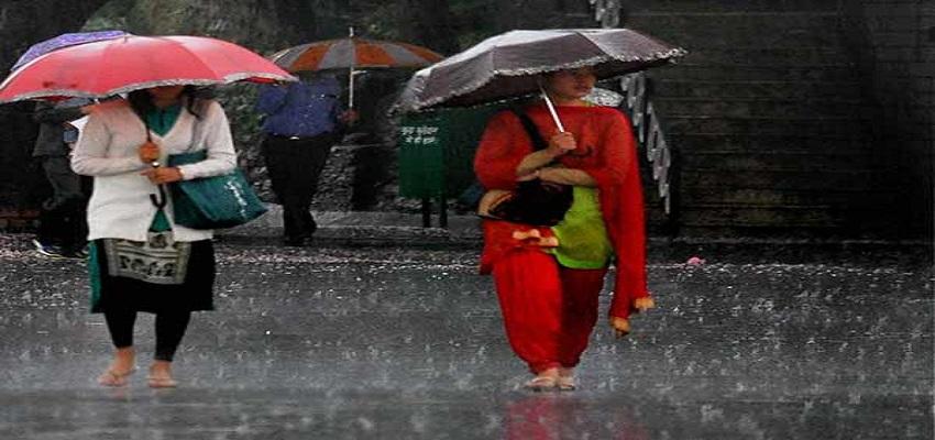 दिल्ली में बारिश की वजह से  ठंड और बढ़ेगी।