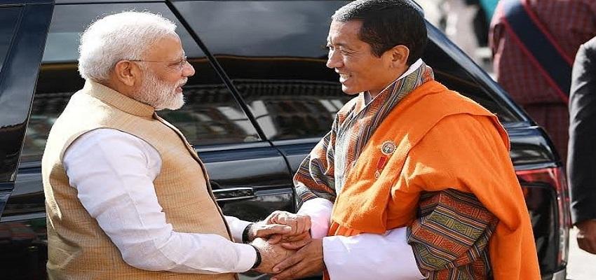 भूटान दौरे से भारत लौटे मोदी