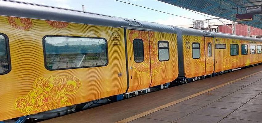 सवा 3 घंटे लेट हुई तेजस ट्रेन, यात्रियों को मिलेगा मुआवजा