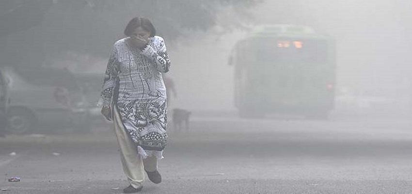 दिल्ली- NCR में वायु प्रदूषण खतरनाक स्तर पर