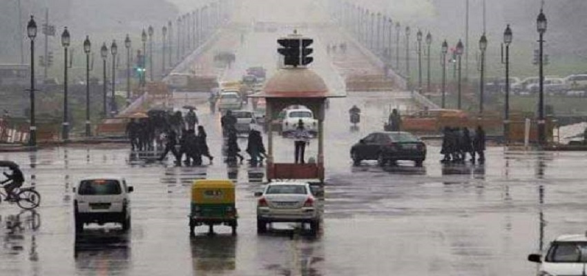 दिल्ली-एनसीआर में हल्की बारिश