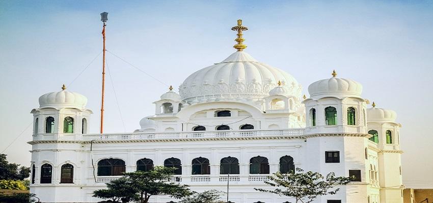 श्रद्धालुओं ने किए श्री करतारपुर साहिब के दर्शन