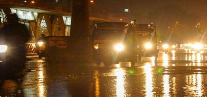 बारिश की वजह से बढ़ी  दिल्ली की सर्दी