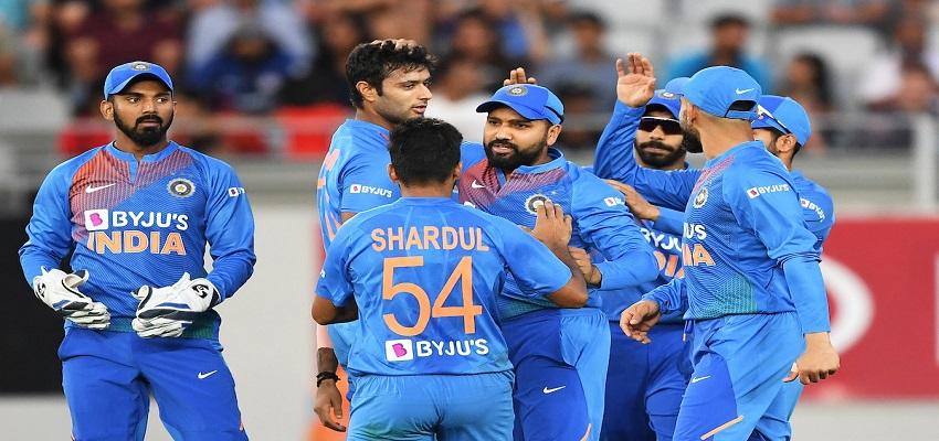 तीसरे और अंतिम वनडे में भारत की पहले बल्लेबाजी