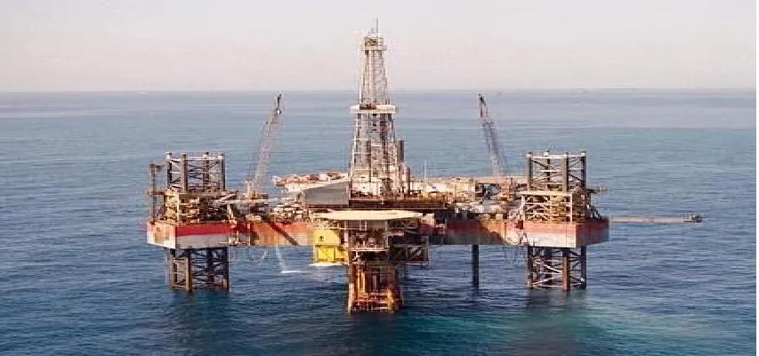 Crude Oil War: दुनिया भर में क्यों गिर रही तेल की कीमतें ? यह रूस, अमेरिका, सउदी अरब के प्राइस वॉर का असर तो नहीं आइए जानें!