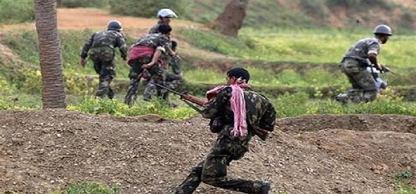 Chattishgarh Naksali Hamla: छत्तीसगढ़ में बड़ा नक्सली हमला, 17 जवान शहीद, 14 घायल
