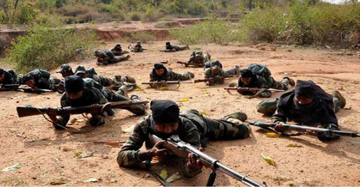 Police naxalite encounter in chhattisgarh: छत्तीसढ़ में नक्सली मुठभेड़ में सुरक्षा बल के 17 जवान शहीद, 14 जवान घायल