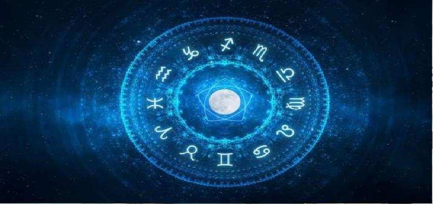 8 May 2020 Horoscope: शुक्रवार का दिन इन राशियों के लिए रहेगा लाभदायक, इन राशि के जातकों को देगा कष्ट, जानिए