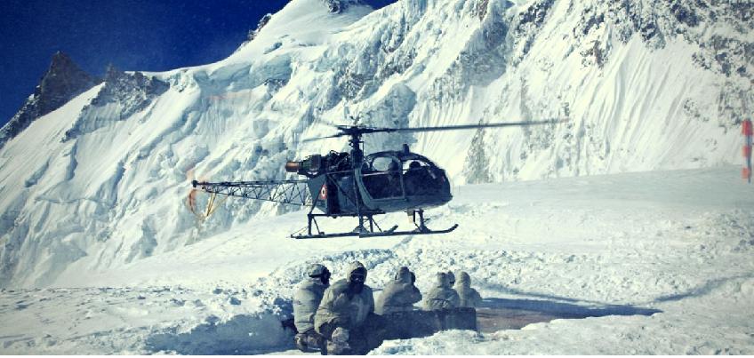 Chinese Helicopters Infiltrate In Lahaul Spiti  :  चीनी हेलिकॉप्टरों ने लाहौल स्पीति में की घुसपैठ, भारत की सीमा के 12 km तक आए अंदर