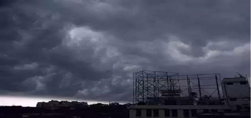 Amphan Cyclone Updates: अम्फान ने ओडिशा तट पर दी दस्तक, एनडीआरएफ के डीजी एसएन प्रधान ने कहा-  पहली बार 2 आपदाओं से एक साथ मुकाबला, 41 टीमें अलर्ट