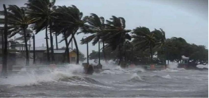 Nisarga Cyclone Hits Alibaug: महाराष्ट्र के अलीबाग में टकराया निसर्ग चक्रवात, कई इलाकों में चल रही तेज हवाएं और बारिश जारी