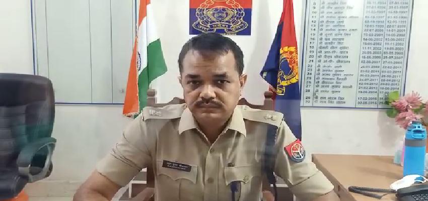 SP Leader Hungama: नशे में धुत सपा नेता का हंगामा, पुलिसकर्मियों के साथ की अभद्रता, गिरफ्तार
