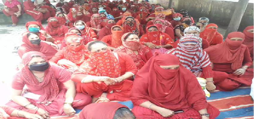 Haryana Protest: स्वतंत्रता दिवस के दिन भी धरने पर बैठी आशा वर्कर्स, सरकार के खिलाफ नारेबाजी