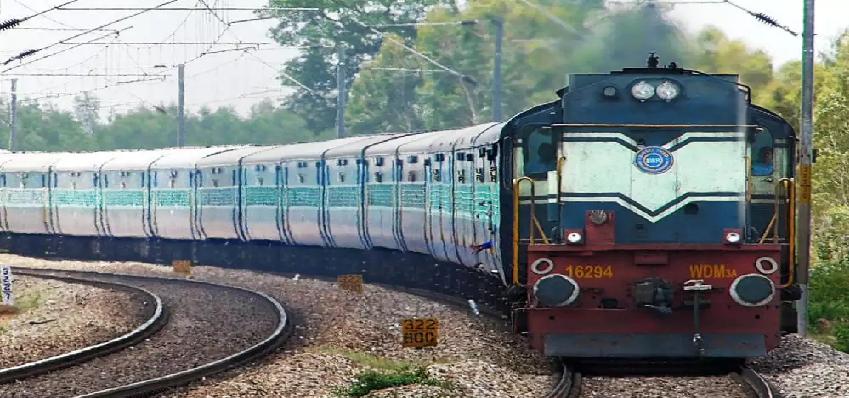 Indian Railways Special Train On Track : यात्रियों का खत्म होगा इंतजार, भारतीय रेलवे ने लिया बड़ा फैसला, 12 सितंबर से पटरी पर दौड़ेंगी स्पेशल ट्रेनें