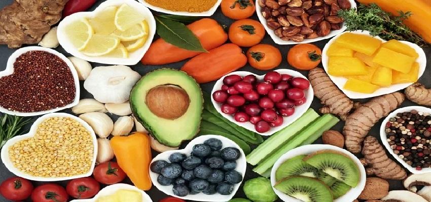 Immunity Booster Diet Plan: कोरोना काल में इम्युनिटी बढ़ाने के लिए डाइट में शामिल करें ये 10 चीजें