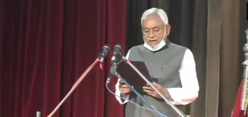 BIHAR ELECTIONS: नीतीश कुमार ने 7वीं बार संभाली बिहार की सत्ता की चाबी