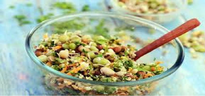 Health: अगर आपको बीमारियों से बचना है तो खाएं अंकुरित अनाज, जानें इसके फायदे