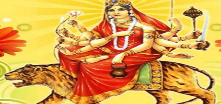 NAVRATRI 2021: तीसरे दिन मां चंद्रघंटा को इस मंत्र से करें प्रसन्न, पूजा करते समय इस बात का जरूर रखें ख्याल