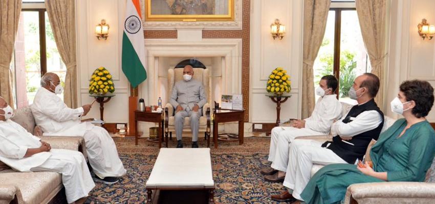 Delhi: राष्ट्रपति से मिला कांग्रेस का प्रतिनिधिमंडल, यह जनता की मांग है कि केंद्रीय गृह राज्य मंत्री को किया जाए बर्खास्त